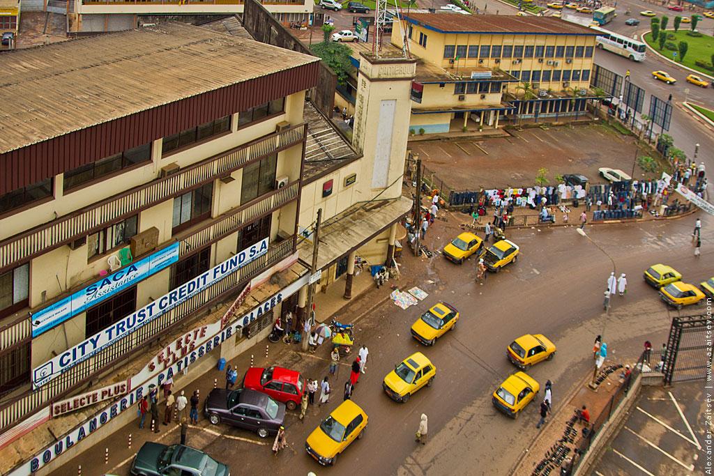 Яунде рынок